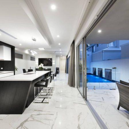 Elysse-Kitchen2