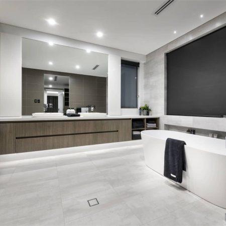 Raftopolous-Bathroom